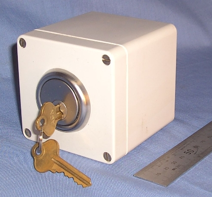 Switches in Plastic and Cast Aluminium Enclosures
