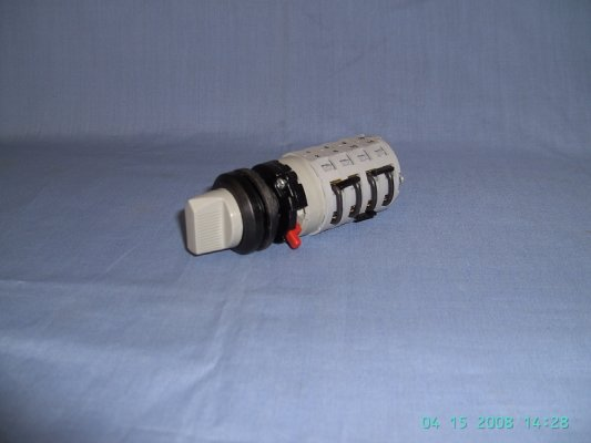 D0 cam switch range